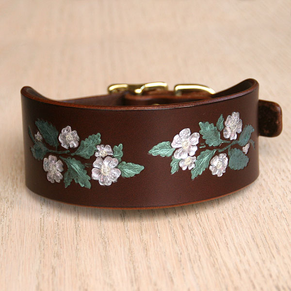 Dog Roses Buckle Collar (2 inch wide)