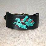 Painted Holly Buckle Collar