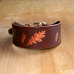 Buckle Collar Paired Oak Leaves