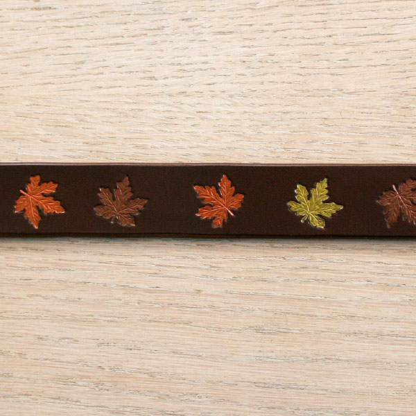 Autumn Maple Straight Collar